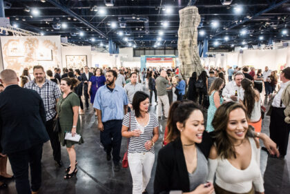 Art Market San Francisco crowded area, exhibition visitors, exhibitor booths